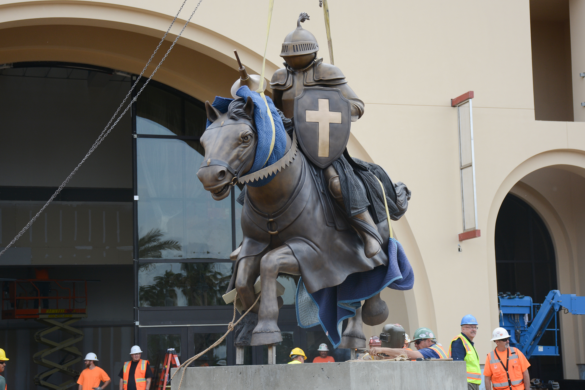 "Riding his fearless horse, a lance in one hand and a shield emblazoned with a cross in the other, California Baptist University's ""Mounted Lancer"" arrived on campus April 24 after nearly two years in the making."