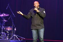 Worship artist Anthony Evans performs at CBU chapel