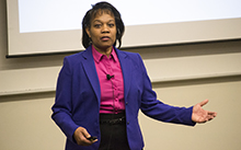 Leadership seminar lecturer offers perspective to employers and future employees