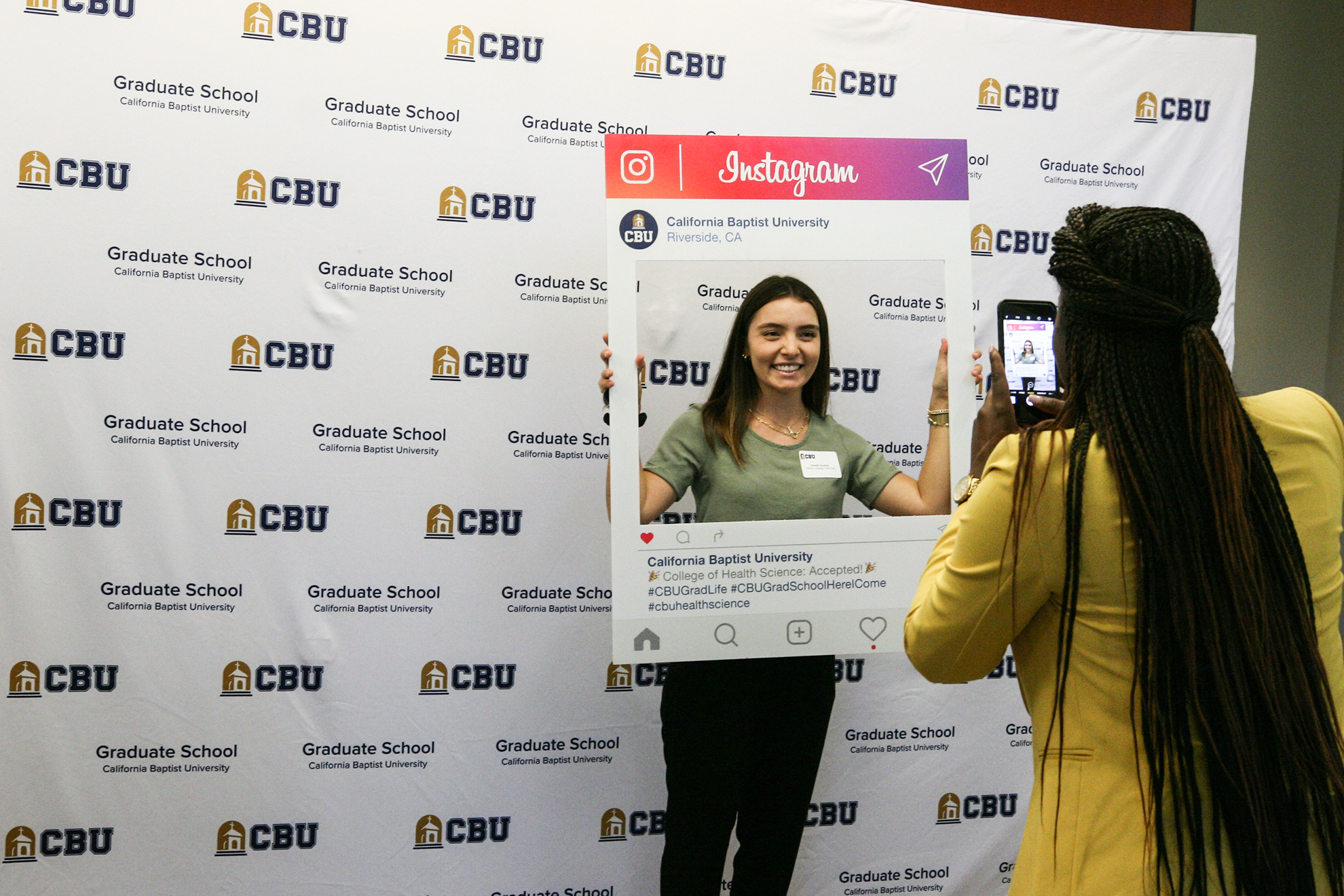 California Baptist University welcomed hundreds of new graduate students at a variety of kickoff events from Aug. 19-20.