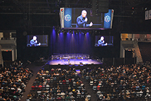 Greg Laurie to students Combat anxiety, stress with prayer