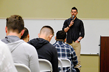 """MLB player speaks about """"being a light"""" for Jesus"""