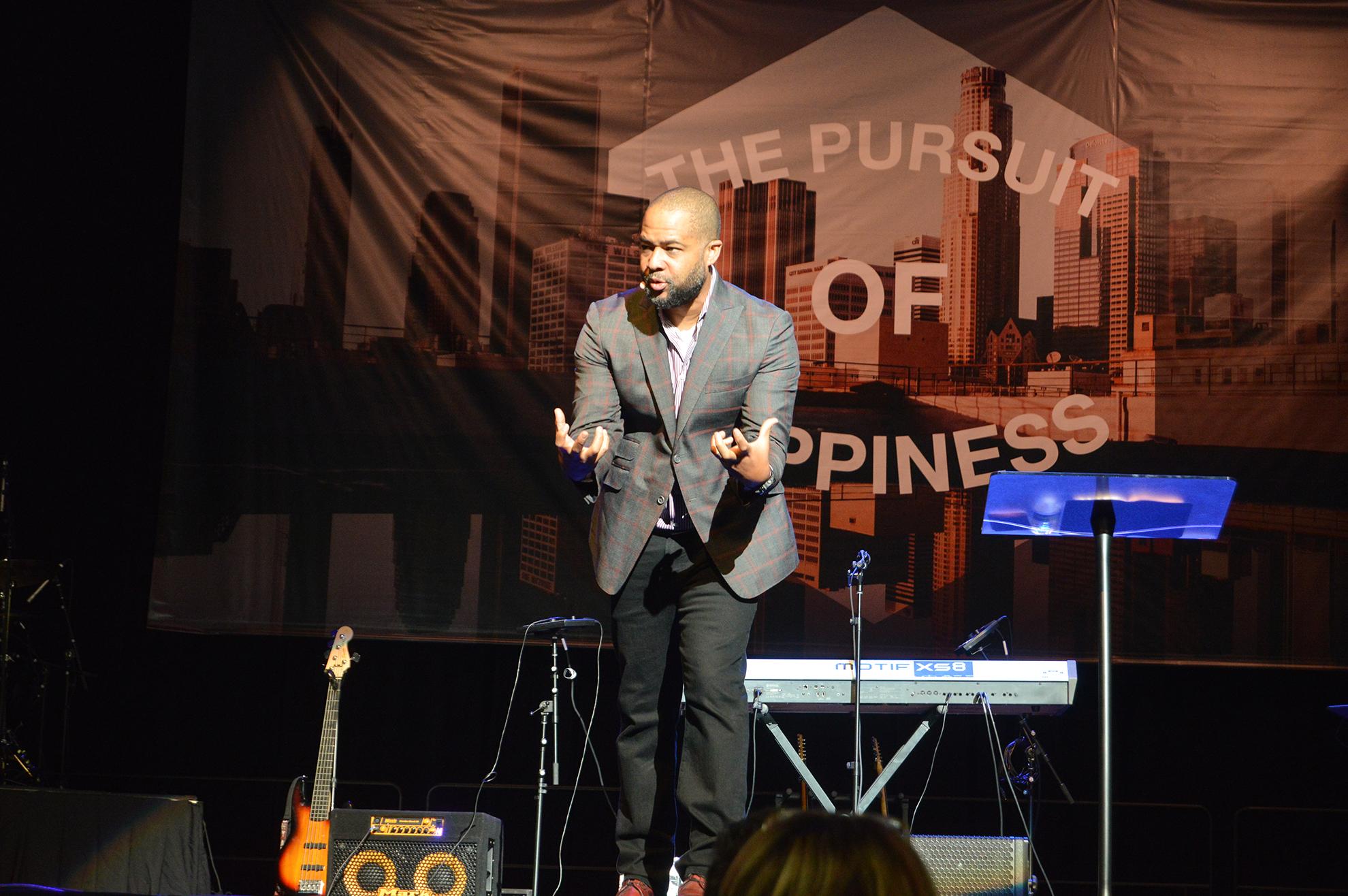 Christians need active love, chapel speaker says