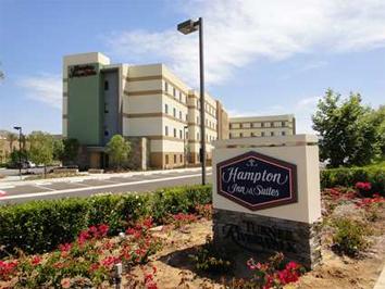Hotels Near Cal Baptist University